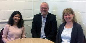 Prof. Dr. Cliff Jones (middle), Leeds University, UK, j.c.jones@leeds.ac.uk, together with his colleagues Dr. Mamatha Nagaraj (left) and Prof. Dr. Helen Gleeson of the new Leeds Liquid Crystals group. Copyright: Leeds University